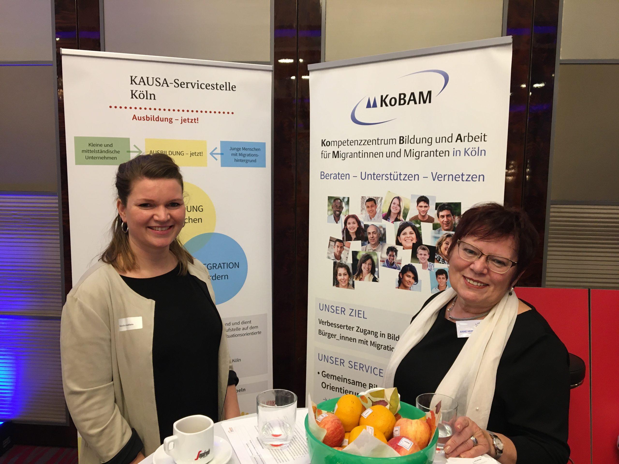Sandra Grinblats (l.) und Anne Heinevetter (r.) auf dem Kölner Arbeitgebertag 2019